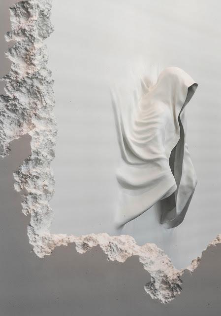 Artista-Daniel-Arsham-intaglia-90-metri-di-parete-nel-museo-darte-SCAD-wall-excavation-ddarcart-06